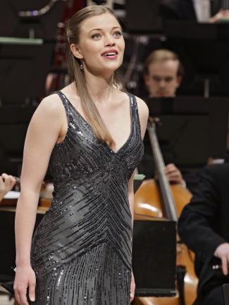Sopranen Johanna Wallroth tilldelas Håkan Mogrens stipendium