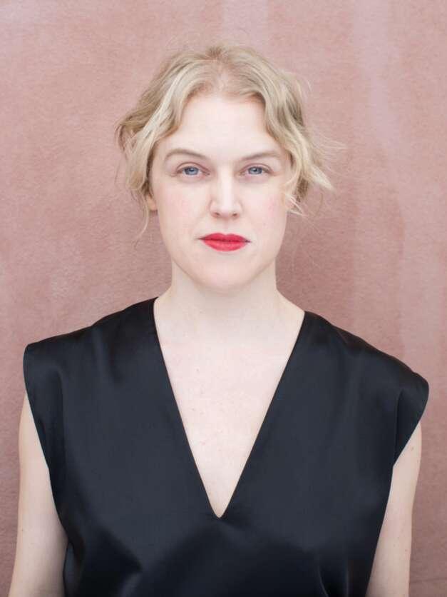 Intervju med kostymören Bente Rolandsdotter