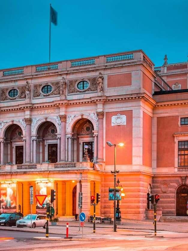 Kungliga Operan spelar hösten 2021 …